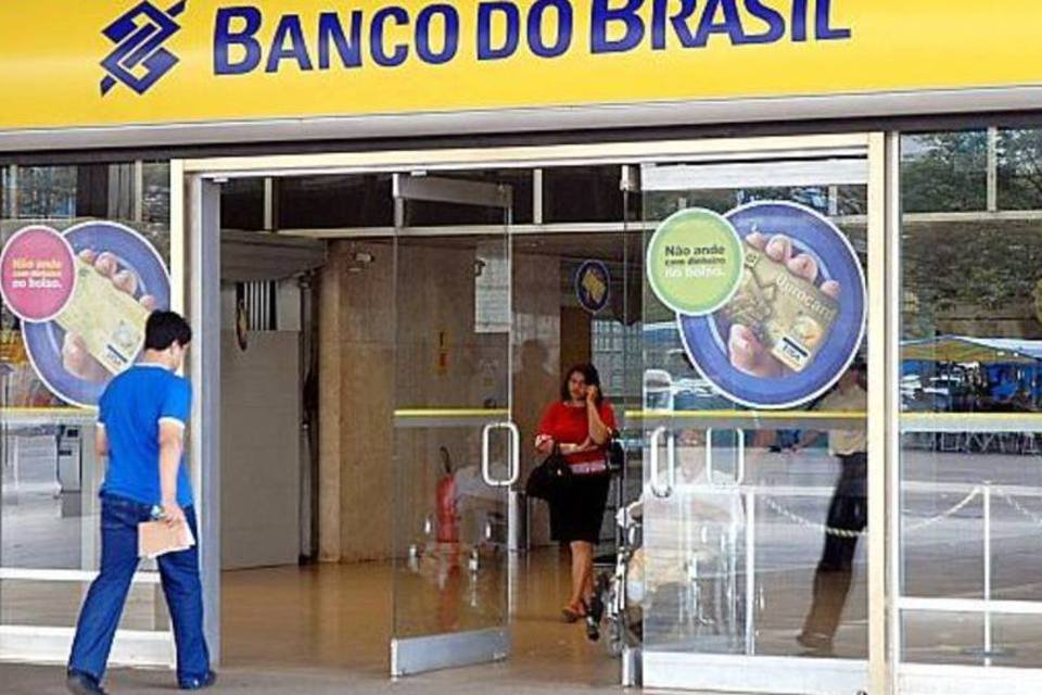Banco do Brasil responsabiliza aumento da base de clientes