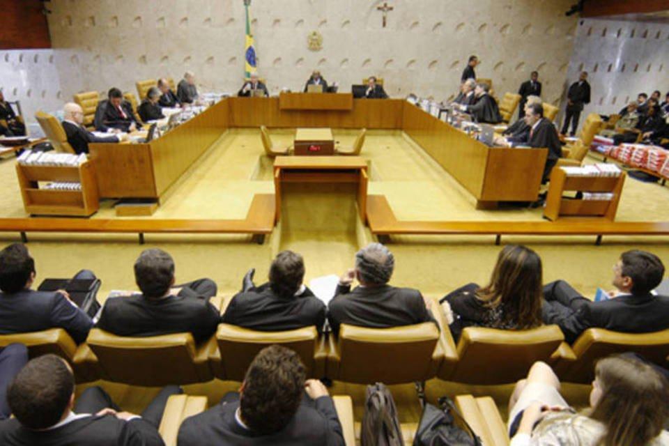 Plenário do STF reiniciou a análise do cabimento de embargos infringentes na Ação Penal (AP) 470