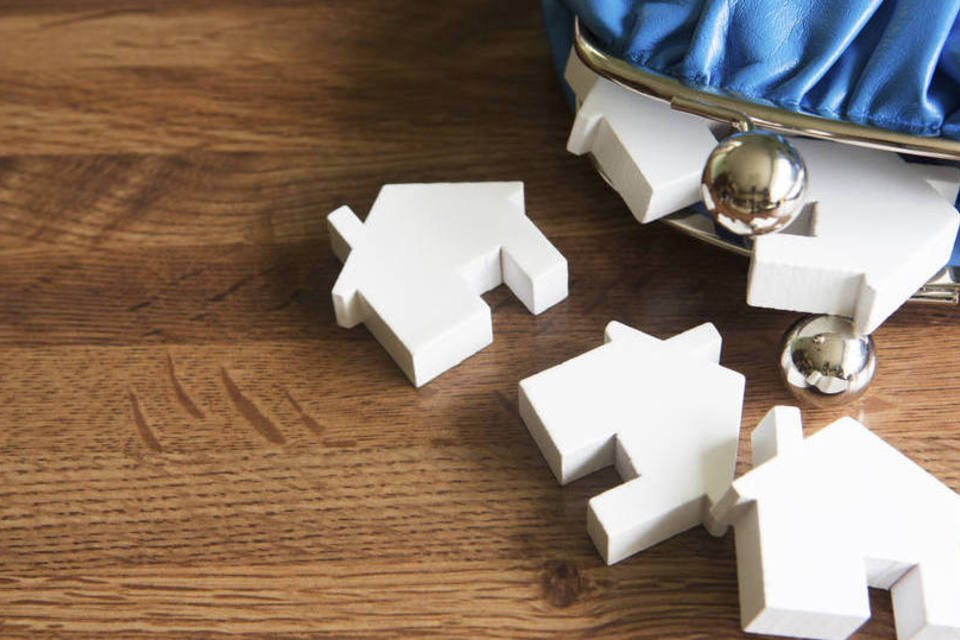 Bolsinha de moedas com casas em miniatura
