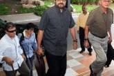 Comandantes das Farc chegam ao Palácio de Convenções, em Havana, para as negociações de paz com o governo colombiano
