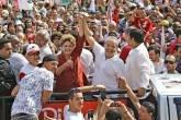 Dilma Roussef e o ex-presidente Lula fazem carreata em São Bernardo do Campo