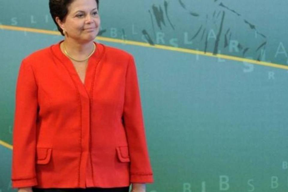 Dilma faz faxina nos ministérios
