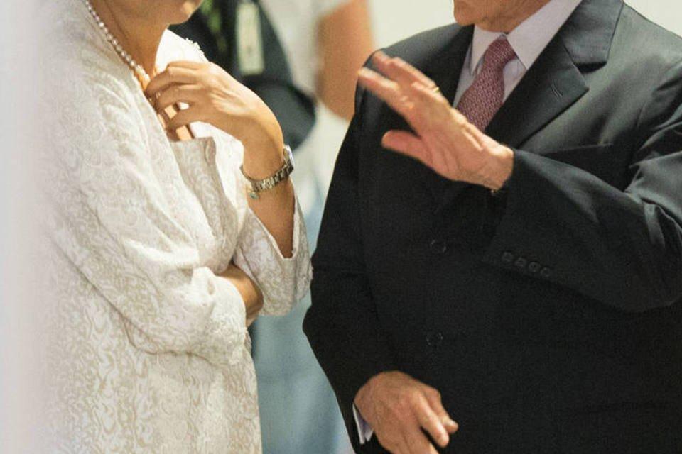 Dilma Rousseff e Michel Temer durante anúncio da reforma ministerial. Em 02/10/15