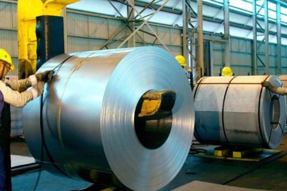 Produção de bobinas galvanizadas da Usiminas
