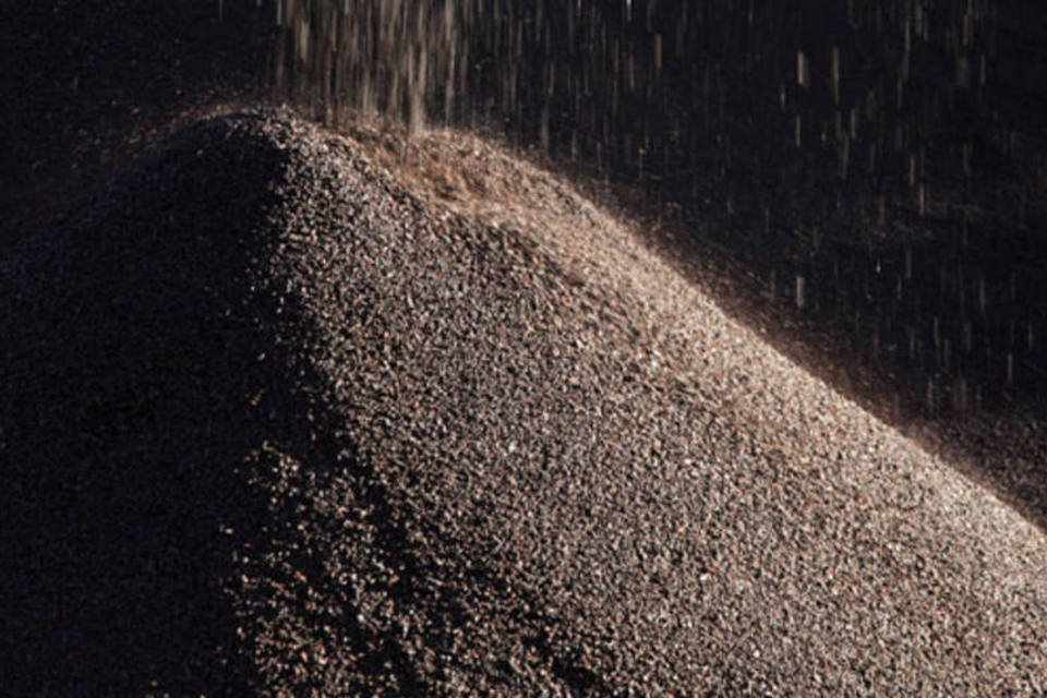 Ferro: minério com teor de 62 ferro, uma referência para o mercado, atingiu 97,90 dólares por tonelada