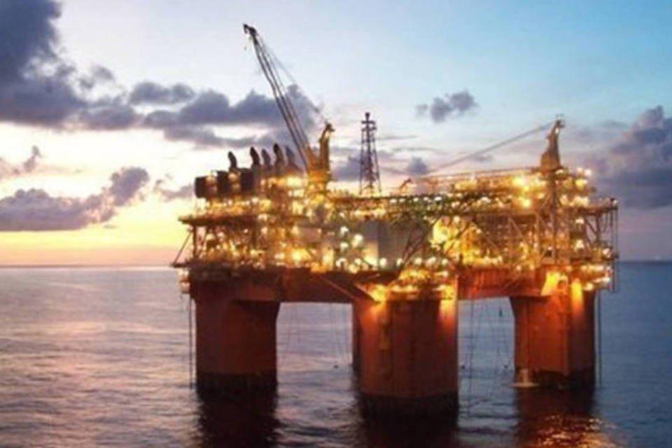 Plataforma de petróleo no Golfo do México
