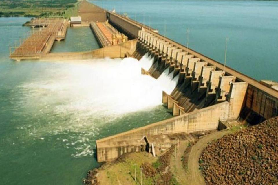 Hidrelétrica Ilha Solteira, a maior da Cesp, no Rio Paraná