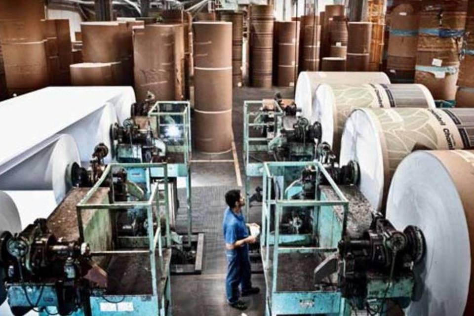 Setor de armazenamento de papel da International Paper, em Mogi Guaçu (SP)