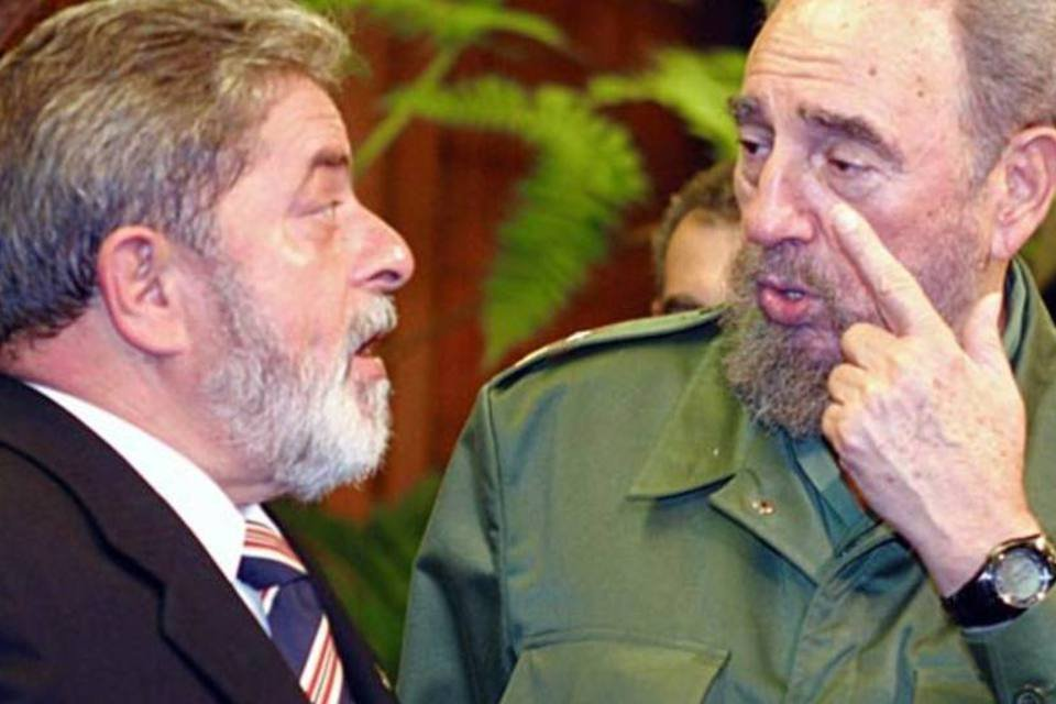 O presidente Lula e o líder da Revolução Cubana, Fidel Castro