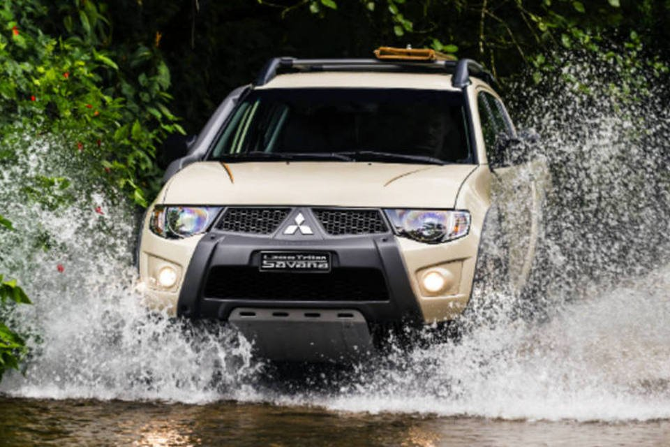 Mitsubishi lança L200 Triton Savana 20 Anos