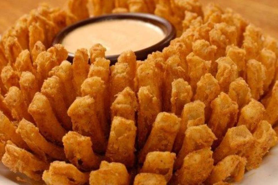 Blooming Onion do Outback Steakhouse