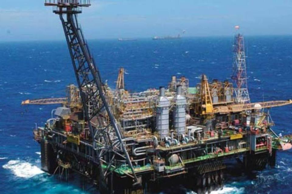Plataforma da Petrobras am alto mar