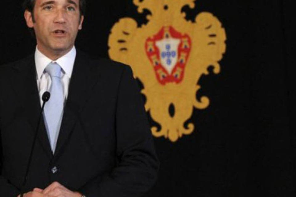 Pedro Passos Coelho fala com a imprensa após encontro com Cavaco Silva, em 6 de junho