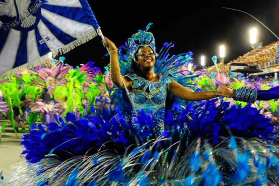 Venda de ingresso para os desfiles das escolas de samba do Rio começa hoje