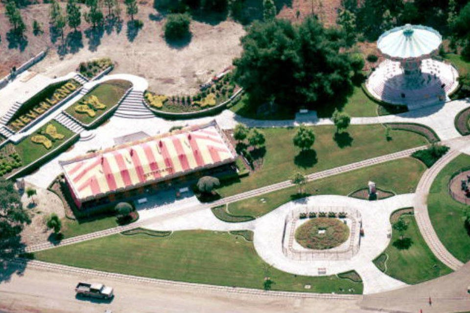 Vista aérea de uma parte do antigo rancho Neverland, que pertenceu a Michael Jackson