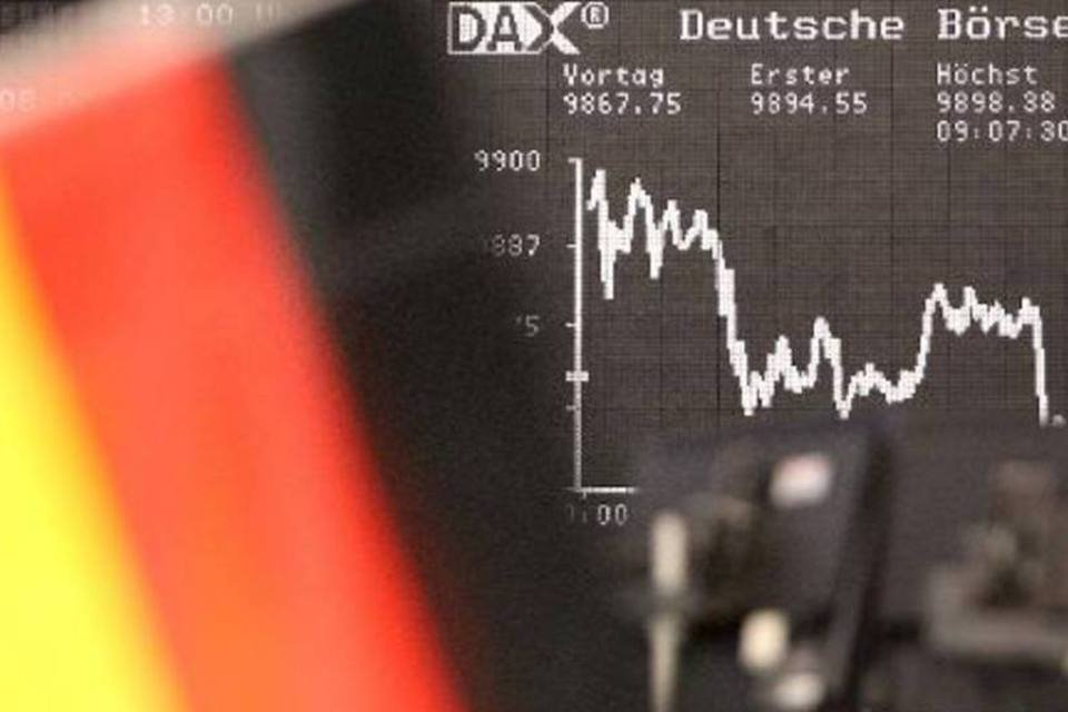 Índice DAX é visto em painel na bolsa de Frankfurt