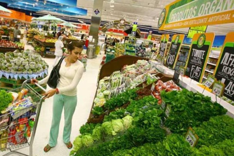 Produtos orgânicos em supermercado