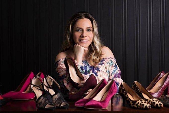 Tania Gomes e sapatos da 33e34