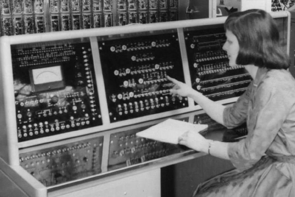 """Só podia ser mulher"": a diversidade nas empresas de tec"