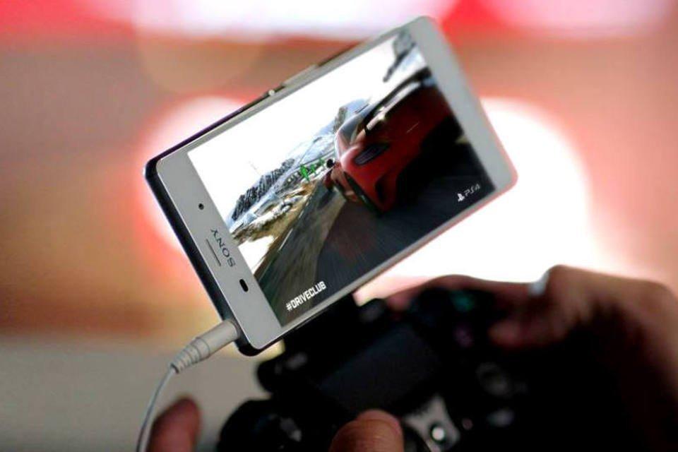 O Xperia Z3 da Sony funciona como tela para o PlayStation 4 | Exame