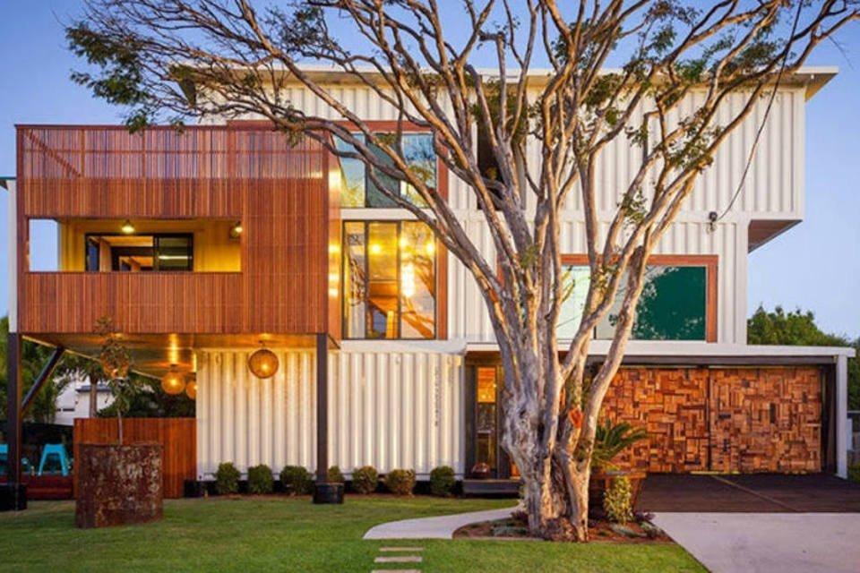 Mansão de container feita pelo arquiteto australiano Todd Ziegler