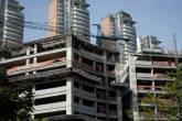 Edifícios residenciais de luxo em construção no Morumbi, em São Paulo