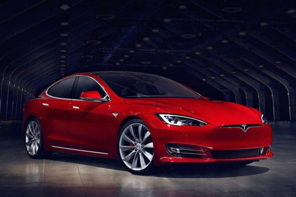 8. Tesla mais rápido que uma Ferrari