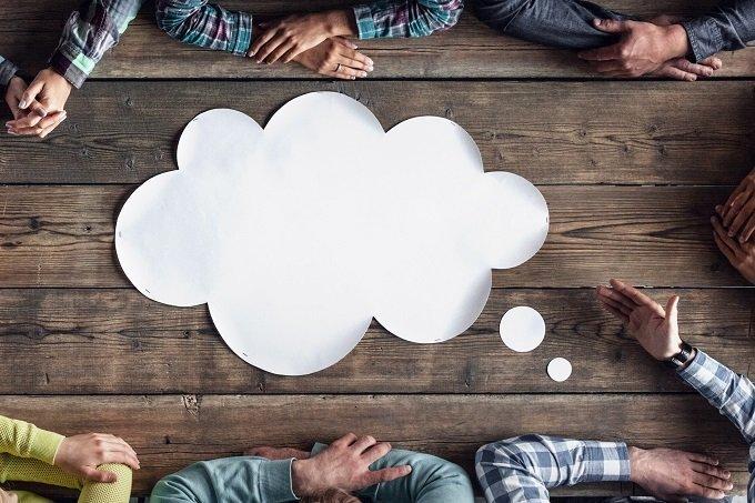 Reunião de brainstorm, novas ideias,