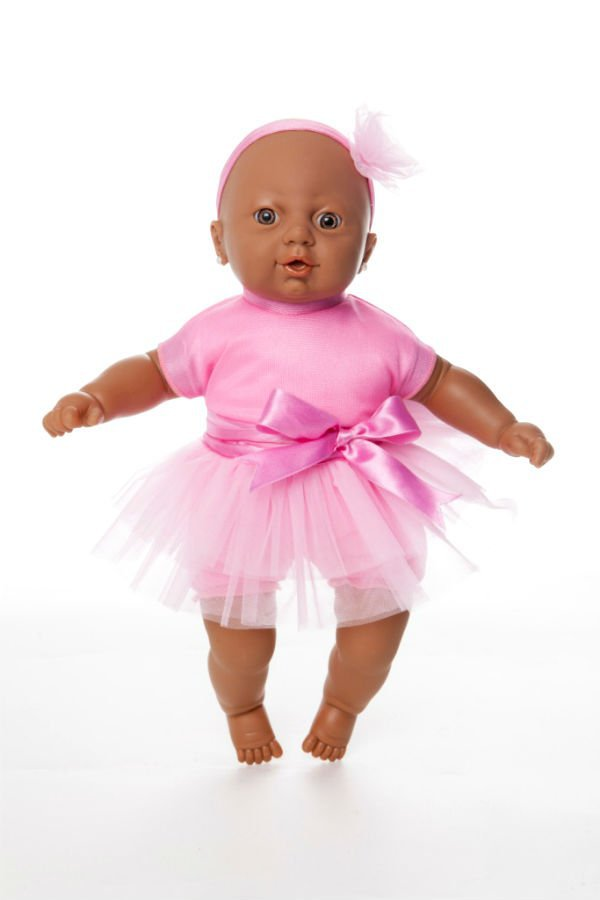 Boneca Estrela da coleção Adunni: coleção exclusiva com bonecas negras
