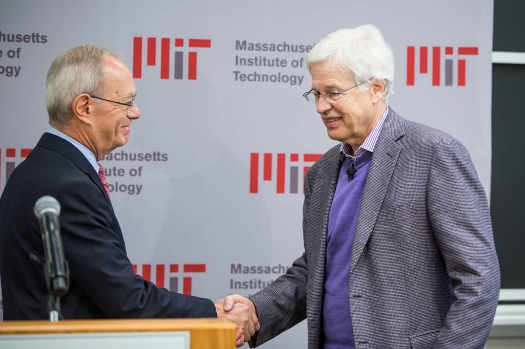 Bengt Holmstrom e Oliver Hart, vencedores do Prêmio Nobel