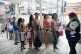 Longas filas se formam em frente aos postos de saúde para a vacinação contra a febre amarela no Rio