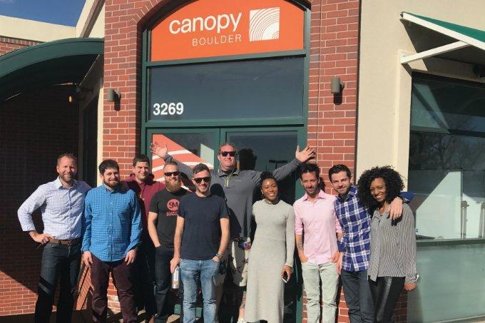 Empreendedores que passam pela aceleração da CanopyBoulder (incluindo a Who is Happy)