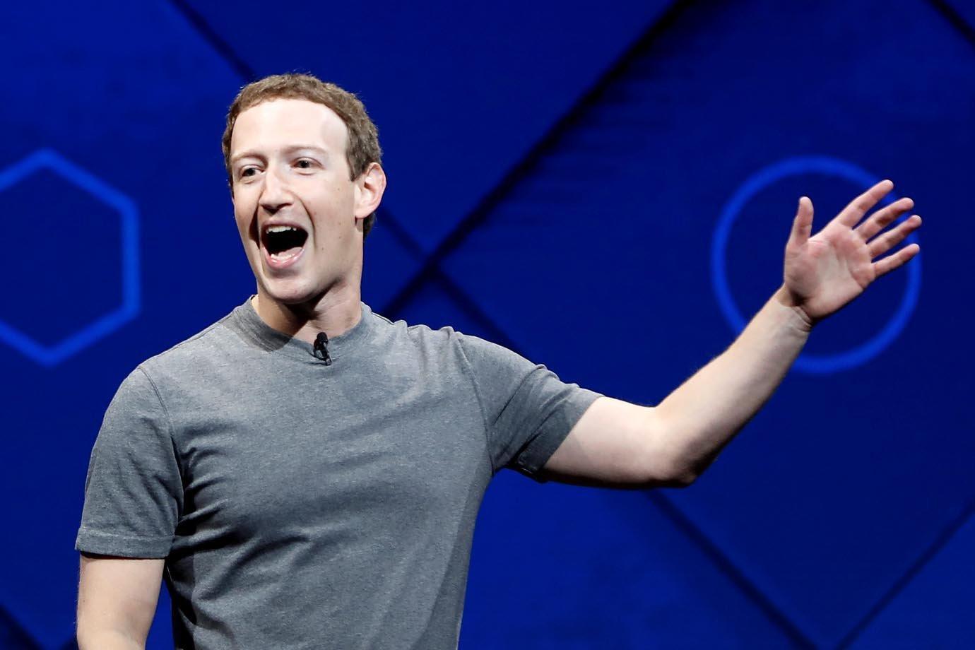 Mark Zuckerberg, CEO e fundador do Facebook, fala sobre realidade aumentada durante a conferência F8 de 2017