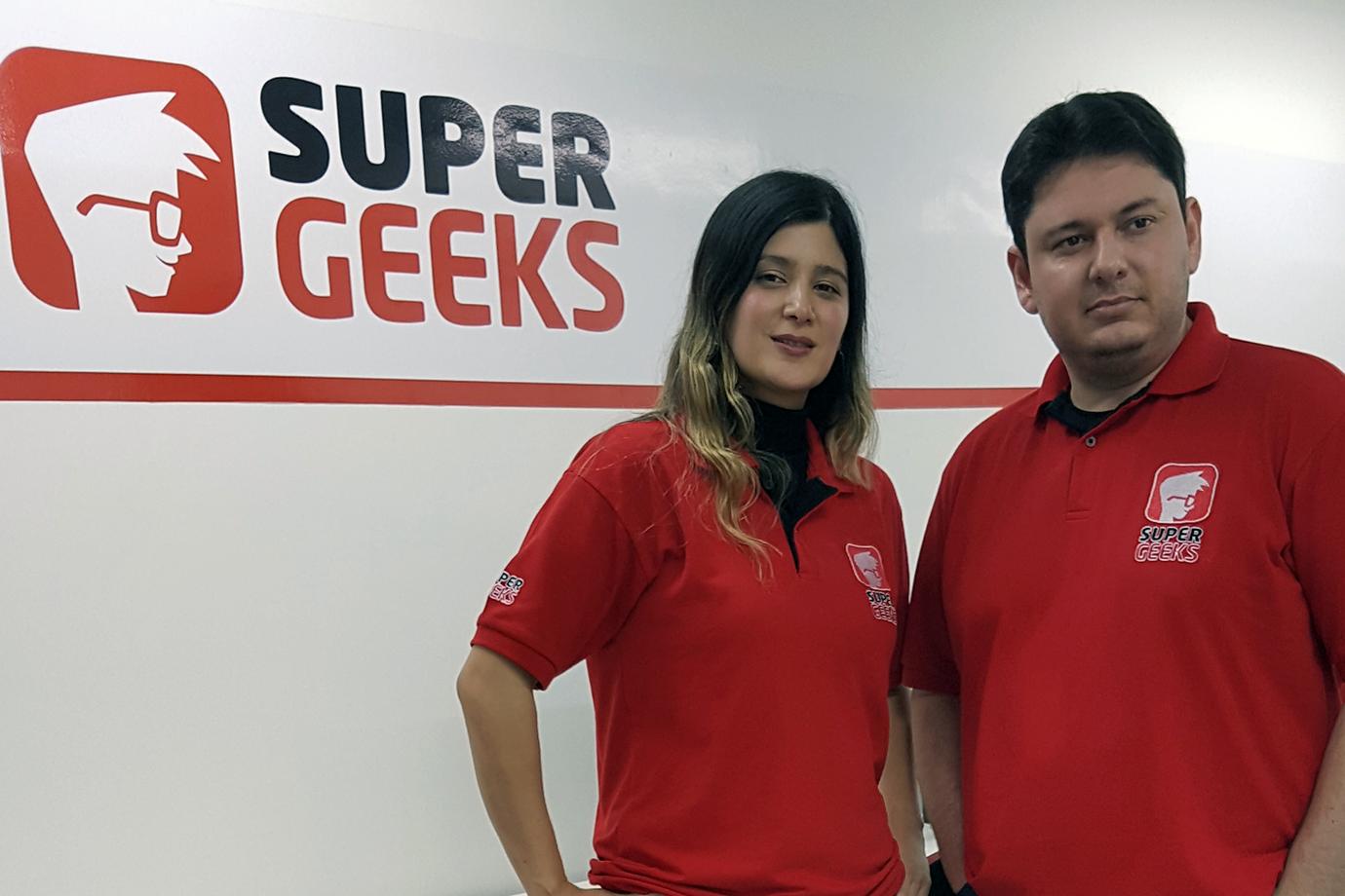 Marco Giroto e Vanessa Ban, da SuperGeeks