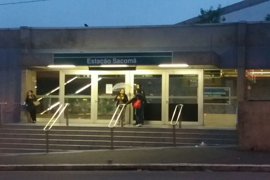 Greve geral - estação Sacomã do metrô fechada