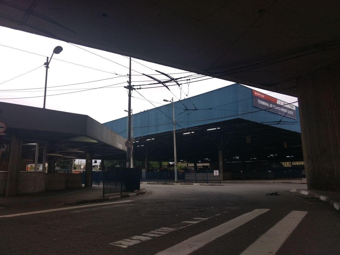 Greve geral: terminal de ônibus de Santo André vazio