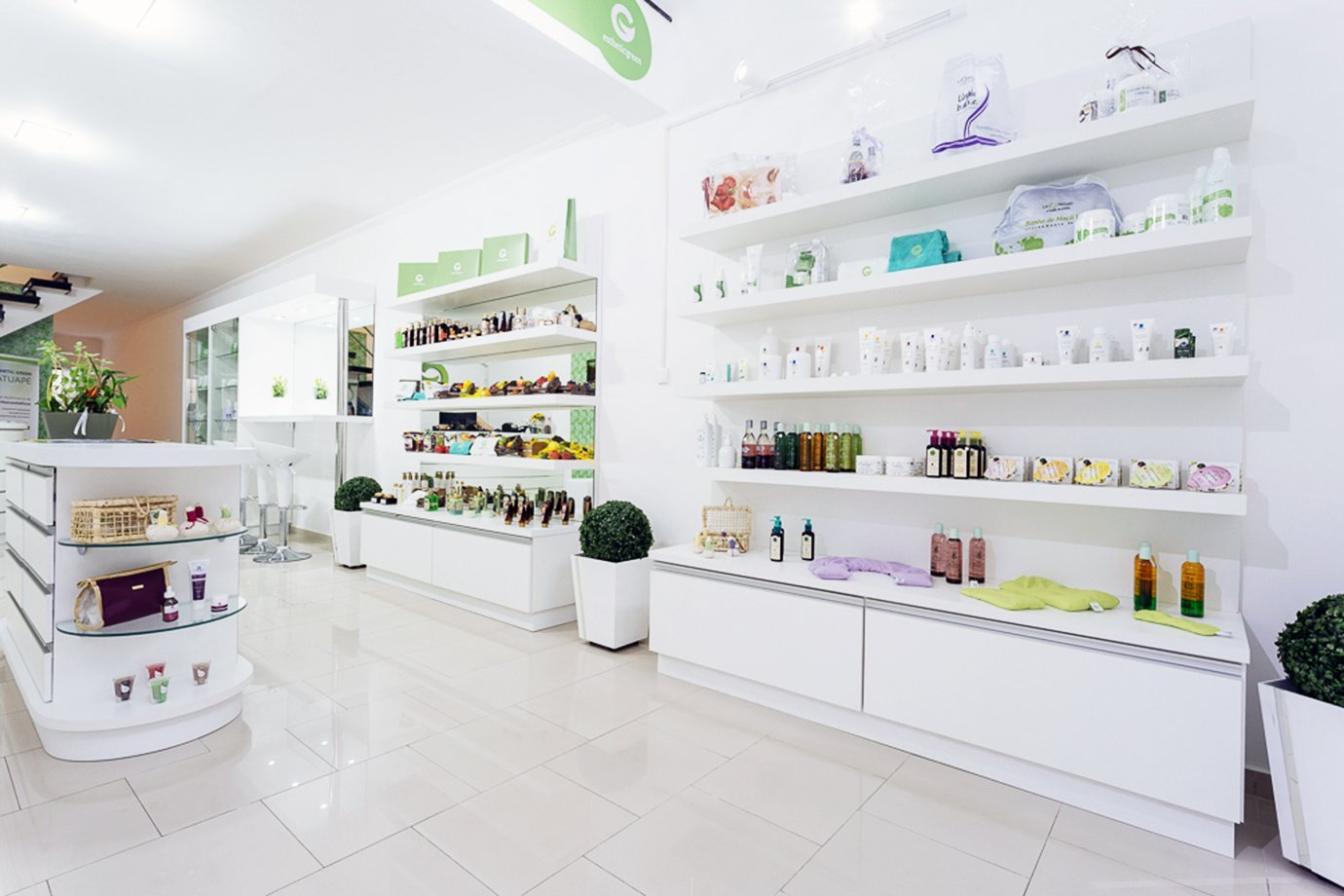 Cosmectic Green