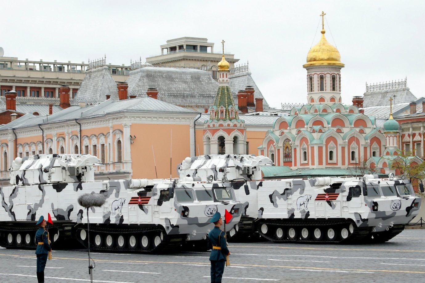 Exército russo desfila em Moscou