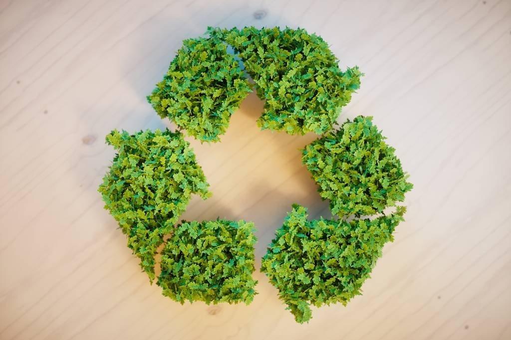 Símbolo de reciclagem verde (sustentabilidade, meio ambiente)