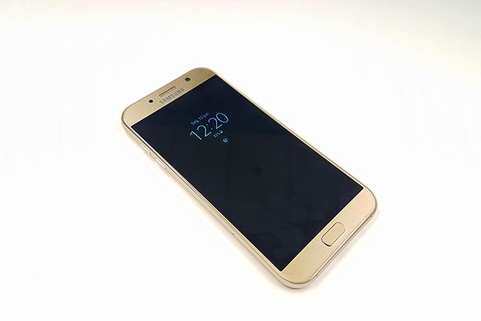 Galaxy-A7-2017-2