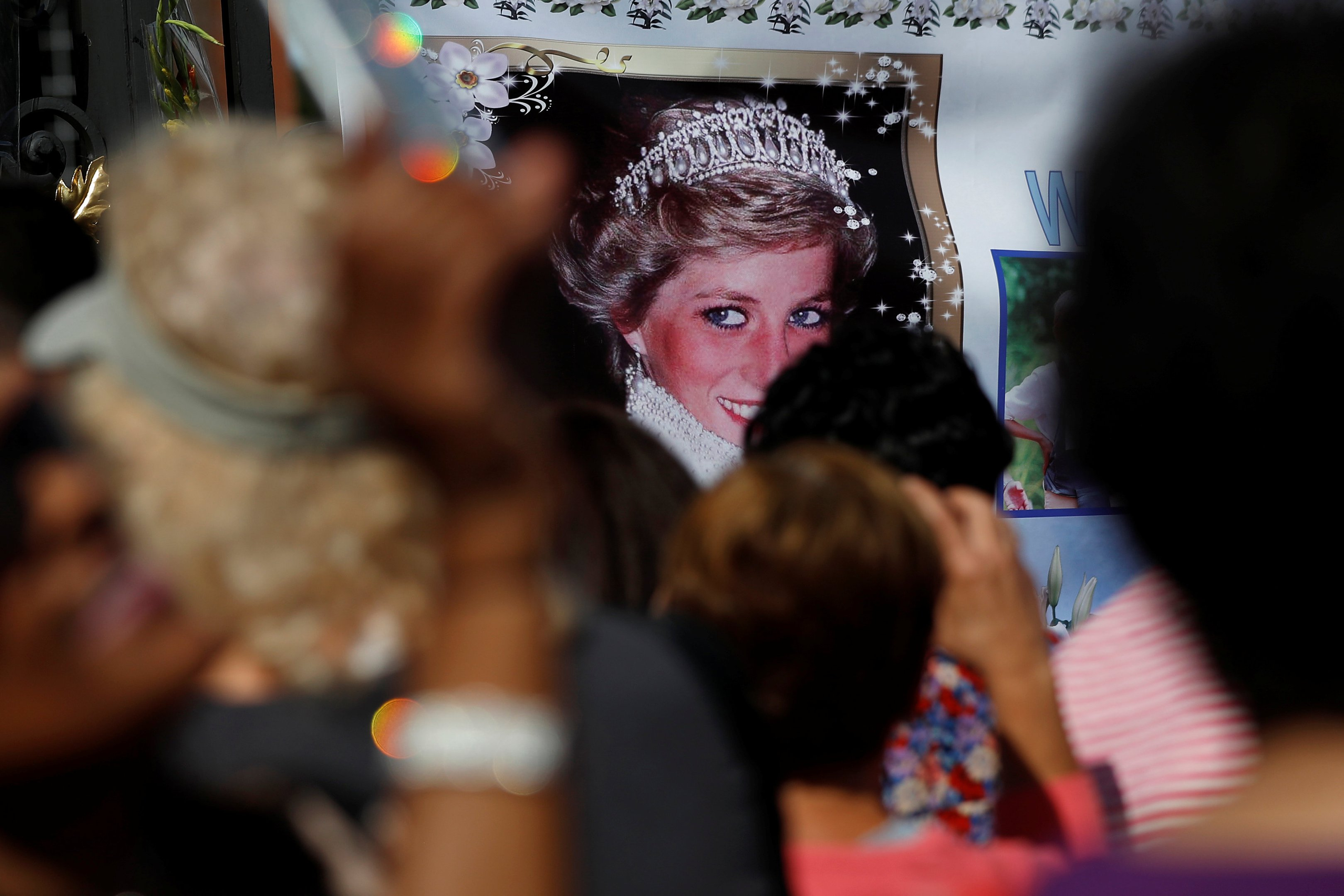 11++ Diana Princesa De Gales Morte