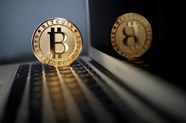 novas empresas que investem em bitcoin