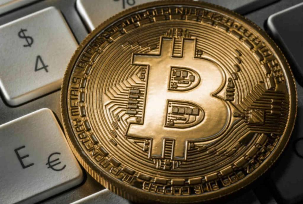 riscos do bitcoin maneiras de fazer algum dinheiro extra ao lado