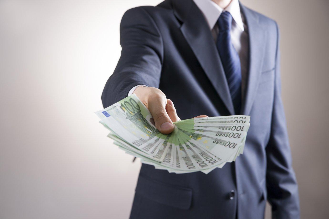 Chefe prometeu aumento de salário e não cumpriu? Você pode ser indenizado |  Exame