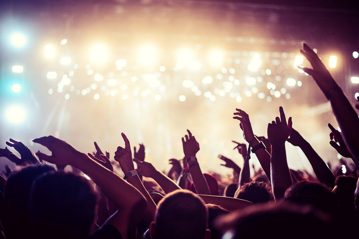 Clientes Smiles vão poder comprar ingressos de shows com milhas | Exame