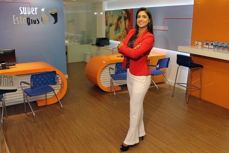 A empreendedora Poliana Ferraz, dona da Super Estágios