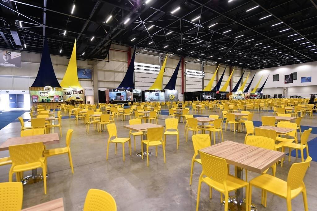 A praça de alimentação da CCXP2017; evento ocupa uma área de 115 mil m²