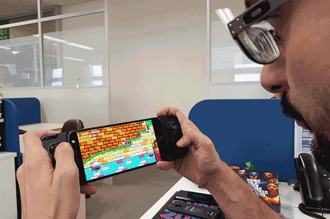 Moto-Snap-GamePad