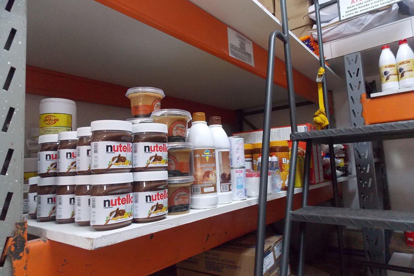 Outros ingredientes na fábrica da Mr. Cheney, em São Paulo