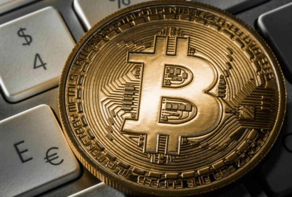 robo para compra e venda de criptomoedas moeda virtual bch